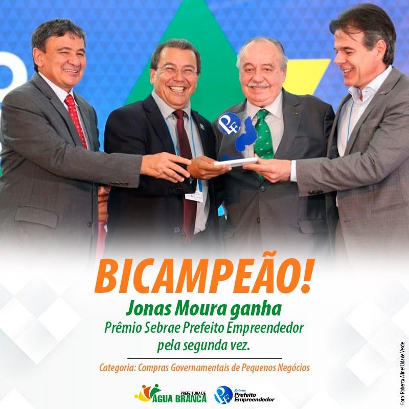 Jonas Moura vence Prêmio Sebrae Prefeito Empreendedor