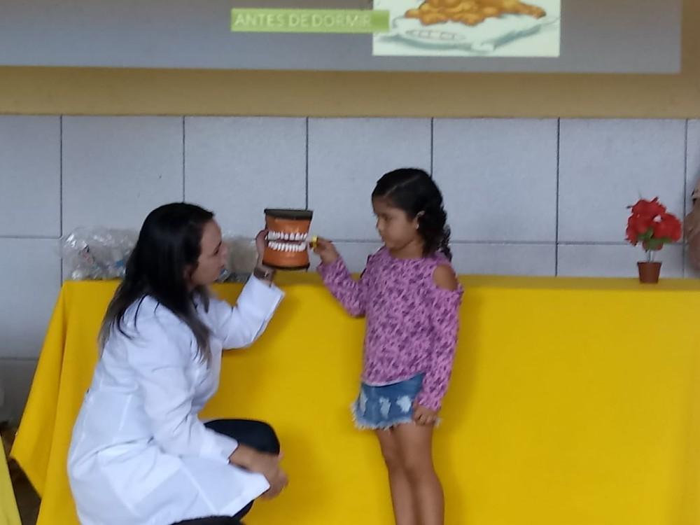 Secretaria Municipal de Saúde Promove Ação e Prevenção à saúde bucal em Escola de Curralinhos