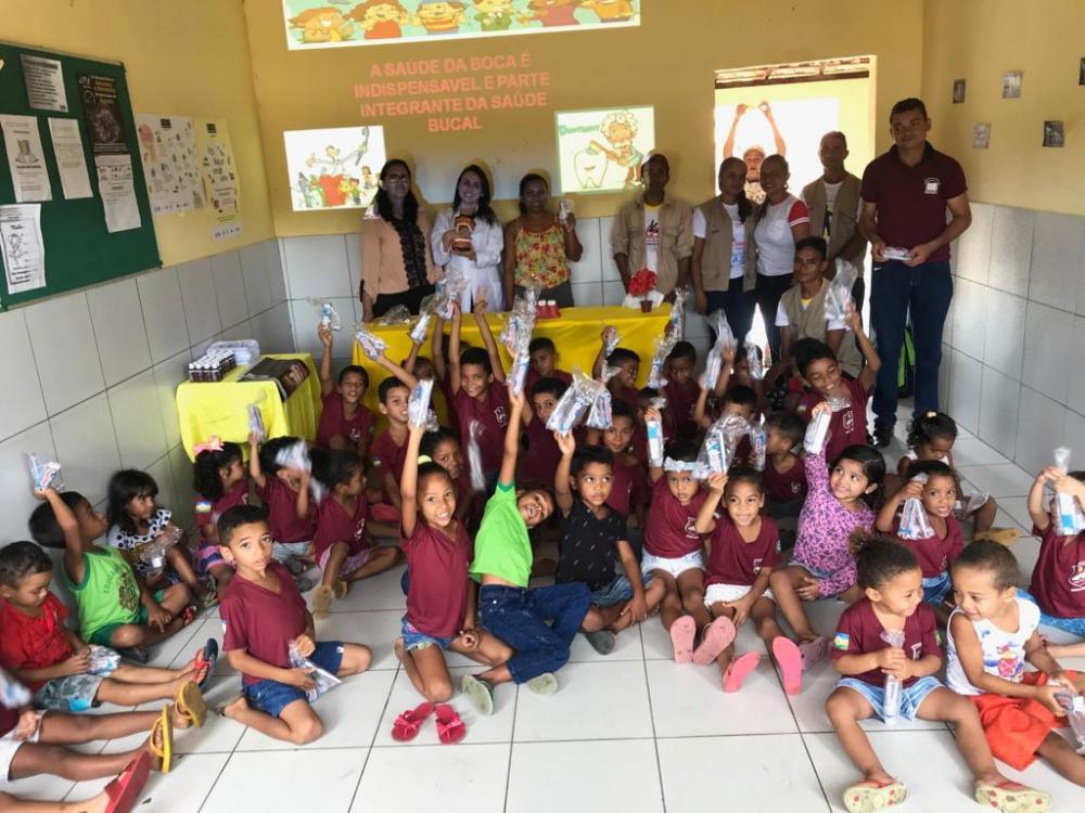 Secretaria Municipal de Saúde Promove Ação e Prevenção à saúde bucal Escola de Curralinhos