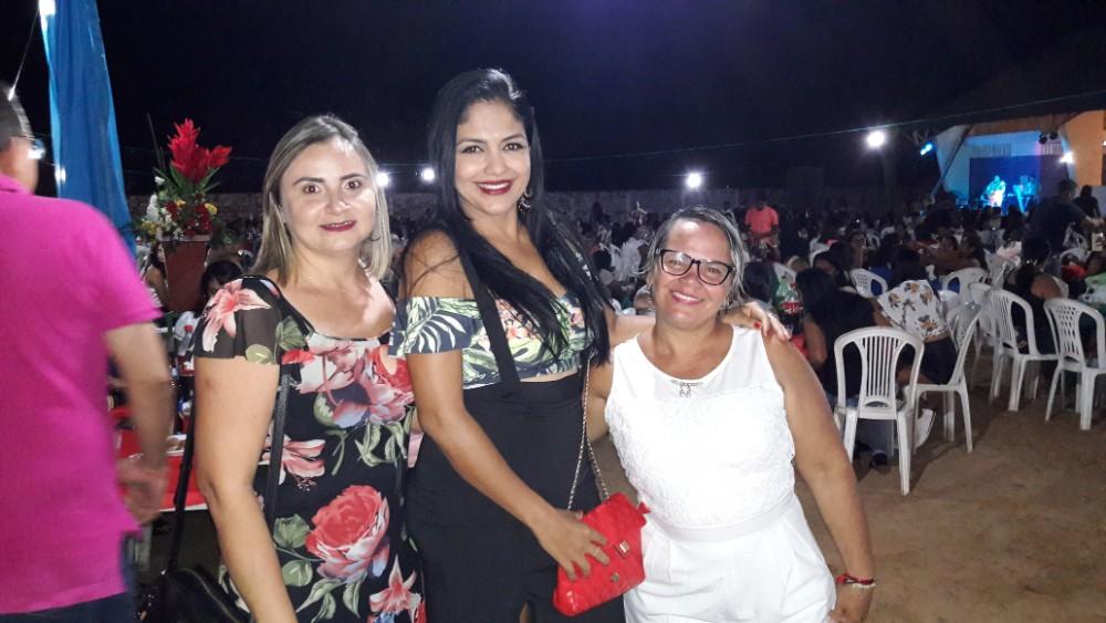Prefeito Walter Alencar realizou grande Festa em Homenagem as Mães em Agricolândia
