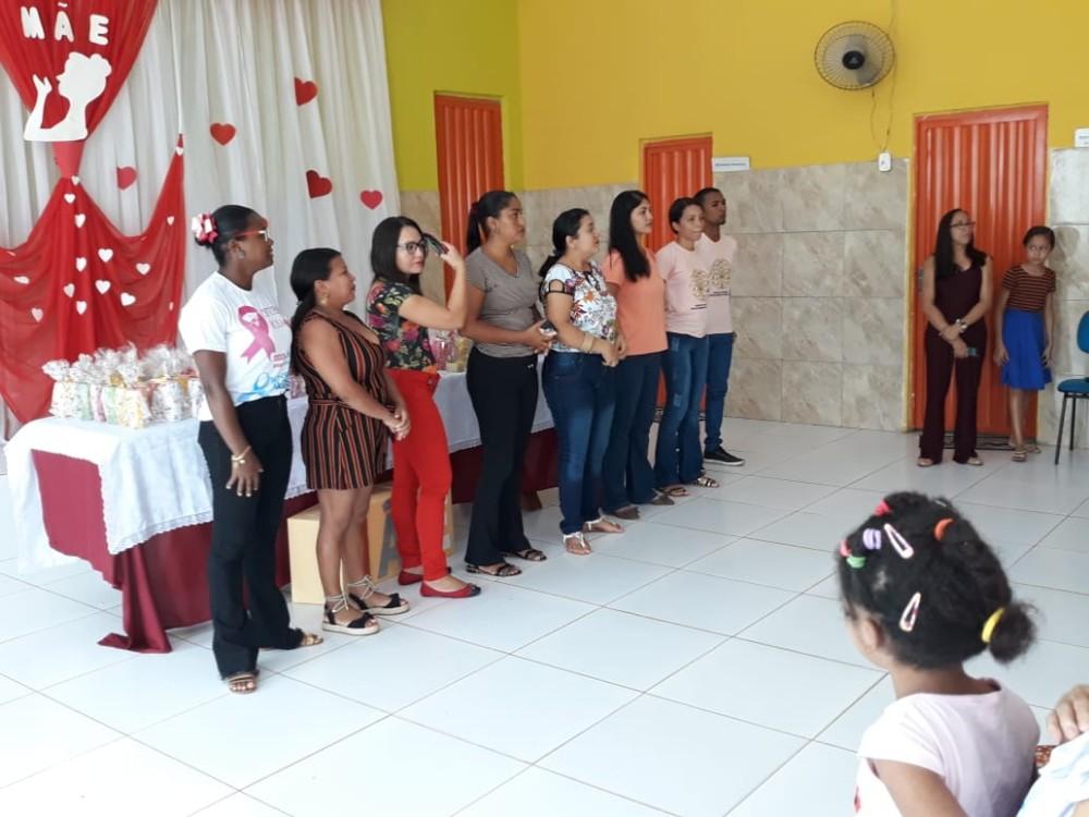 SCFV de Curralinhos realizou festa em Comemoração ao Dia das Mães