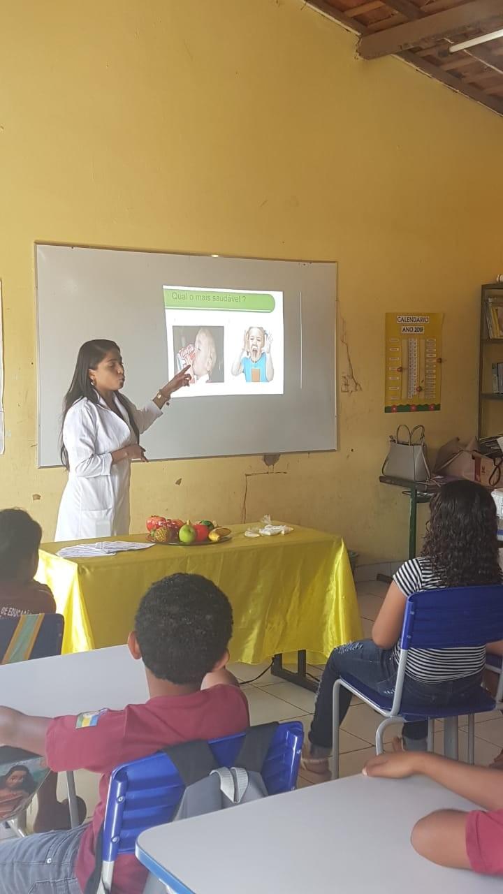 Secretaria Municipal de Saúde Promove Ação e Prevenção à Obesidade Infantil na Escolar João Paulo II em Curralinhos