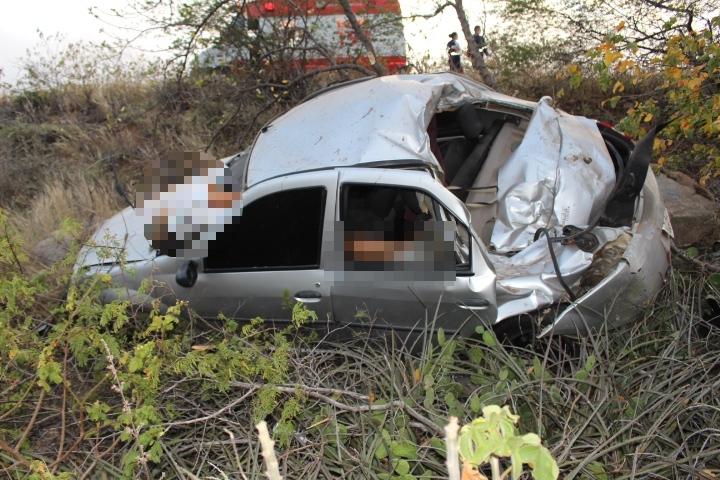 Homem morre em colisão na BR-407 quando ia para velório do sogro