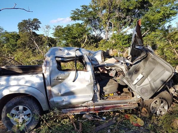 Grave acidente deixa dois mortos e dois feridos na BR-343 no Piauí