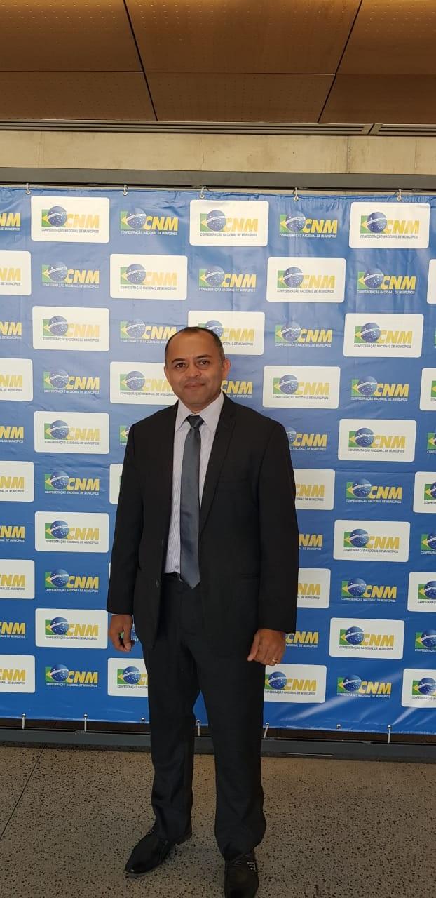 Prefeito Dr. Adalberto Filho está no Movimento pela Inclusão dos Municípios na reforma da Previdência em Brasília