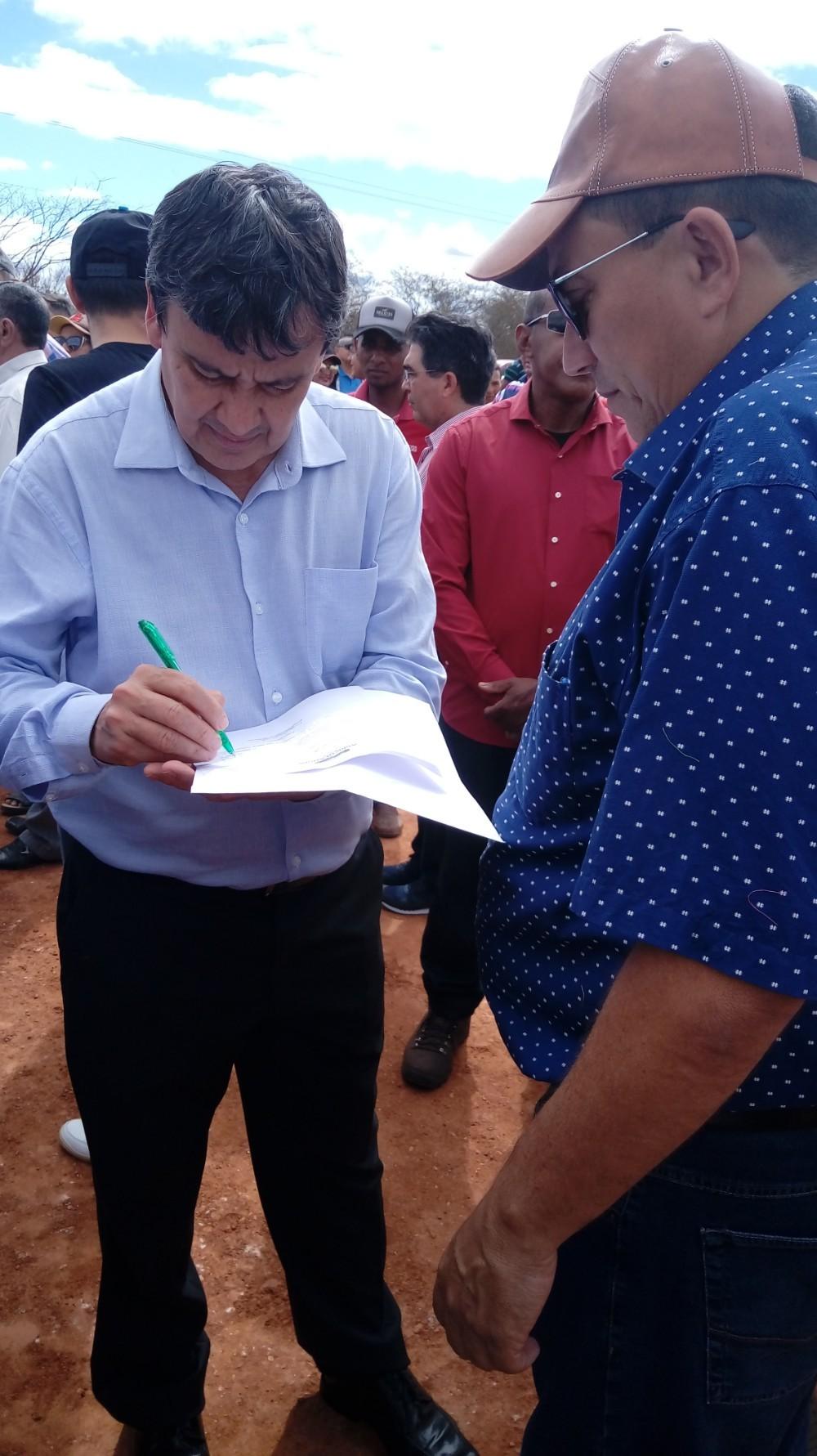 Prefeito Walter Alencar encaminha Ofício ao Governo Do Estado reivindicando Investimento no Novo Sistema de Iluminação Pública