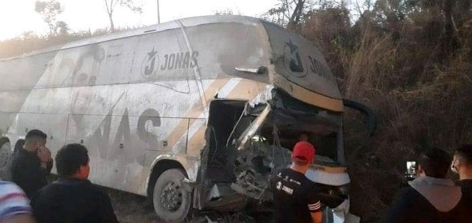 ônibus Jonas Esticado