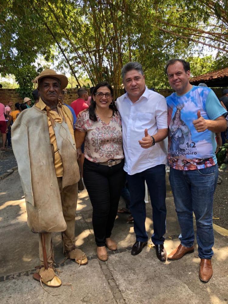 Deputado João Madison participa da 30ª Festa do Vaqueiro em José de Freitas