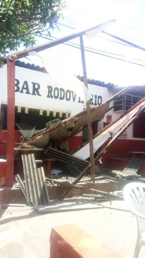Forte ventania por pouco não virou uma tragédia em Lagoinha do Piauí