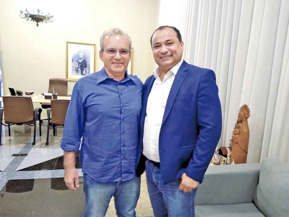 Firmino anuncia nome de seu candidato em janeiro
