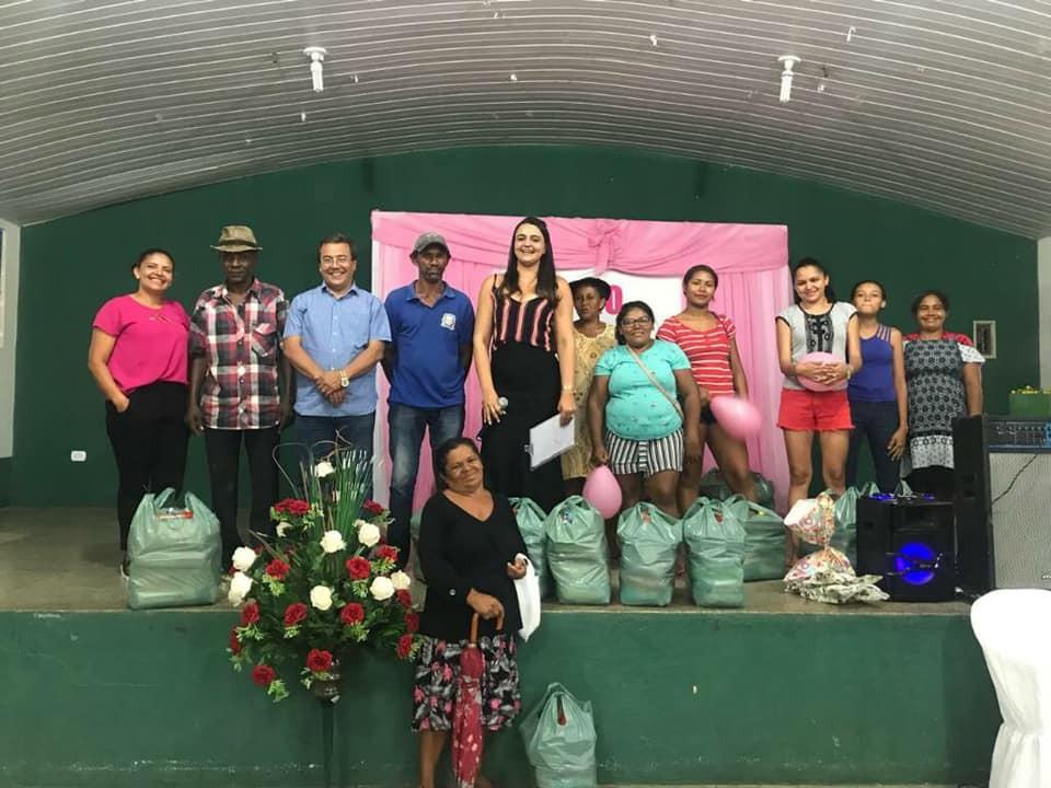 Prefeitura de Água Branca faz entrega de Cestas Básicas através do Projeto Pão na Mesa