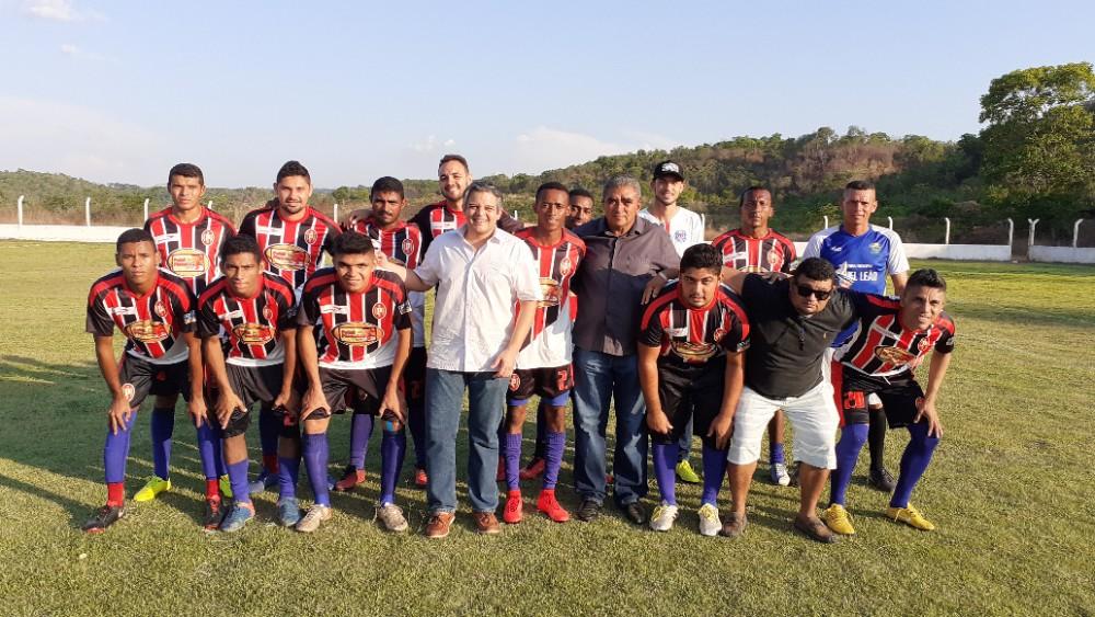 Veja como foi à abertura do II Campeonato de Futebol de Miguel Leão
