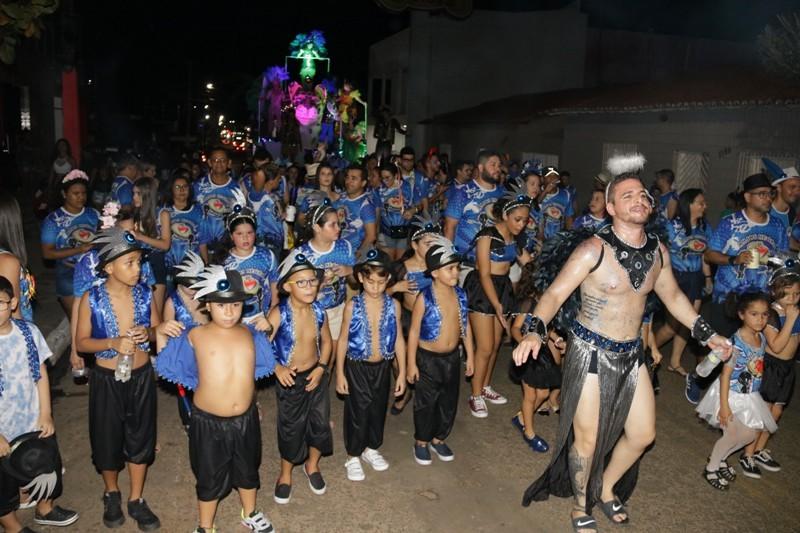 Veja como foi o Desfile dos Anjos Negros no Carnaval de Água Branca
