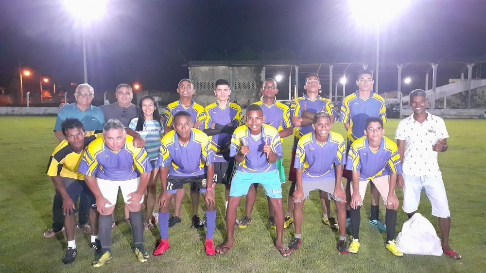 Prefeito Robertinho faz o Primeiro jogo teste no Estádio Altamirão com Iluminação de Led