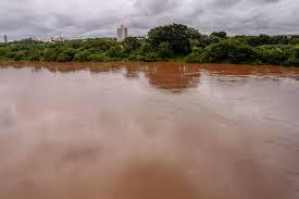 Menino de 8 anos morre afogado enquanto brincava no Rio Poti em THE