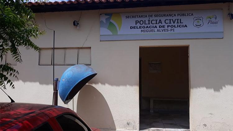 Homem é preso suspeito de estuprar as três filhas menores no Piauí