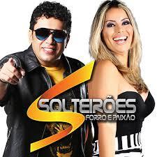 Solteirões do Forró - Você não vale nada Feat Solange Almeida (Clipe Oficial)